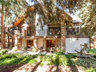 Villa Meadow Drive, Sleeps 10, Vail