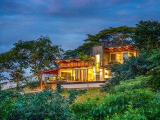 Casa Ventana, Sleeps 11, Tamarindo