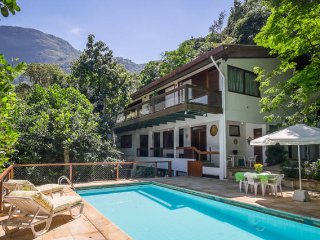Apt/Suite+pool in a lovely House in Rio-S.Conrado
