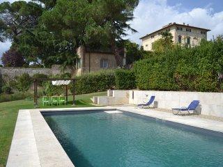 Appartamento in Ancient Villa, Siena