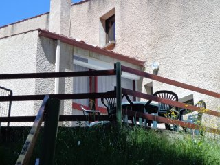 appartement gorges de l'allier en bord de riviere