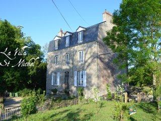 Villa St Michel Dinan 2 or 5 sleeps apartment