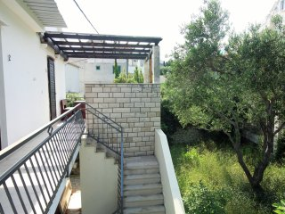Spaciuos 120 m2 apartment with terrace and parking