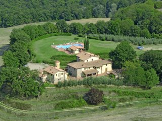 Valdarno House, Residence in Tuscany Farm Holiday