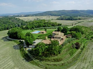 Arezzo House, Residence  In Tuscany Farm Holiday