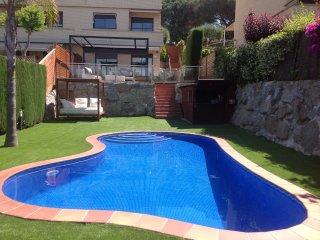Preciosa casa con piscina privada cerca del mar, Sant Vicenc de Montalt