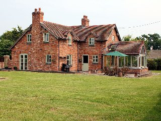 Rose Cottage, Newnham-on-Severn