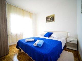 Close to the beach apartment Ibis A3, Kozino