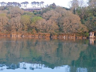 Tremerlin,Helford river, Apartment and carriage.