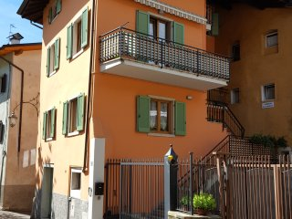Modern holiday apartment in ARCO/free WiFi parking, Arco
