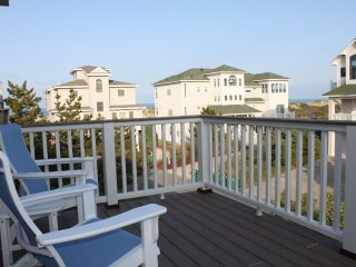 2 Minute Walk to the Beach!, Corolla