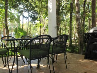 HG8 Beautiful Apt in Jungle Setting, Akumal