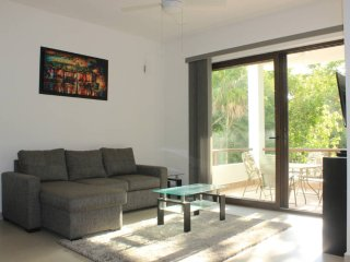 HM2 Gorgeous Condo 5 Star Amenities, Akumal
