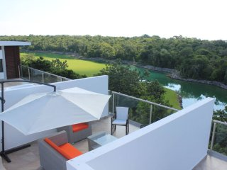 XM4 Awesome Condo, Rooftop Terrace, Akumal