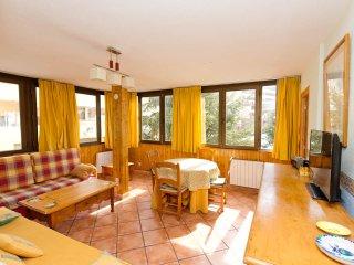 Magnífico apartamento: Amplio, Económico, Limpio, bonito. 2 dormtors y 2 baños.