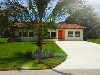 Immaculate House Downtown Boca Raton