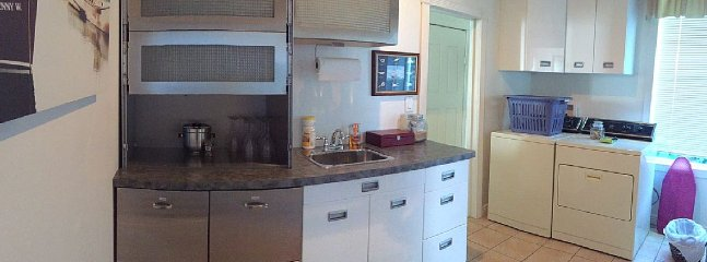 Wet bar and washer dryer
