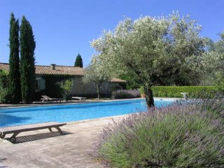 Charming 3 bedroom luxury home in Saint Remy and Alpilles, Eygalières