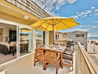 15% OFF OCT - Amazing Location, Steps to the Sand, Restaurants & Shopping, Newport Beach