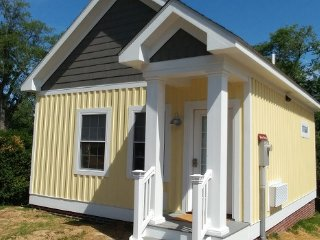 Bridal Cottage, Luray