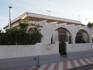 Detatched 3 bed villa with private swimming pool, Los Alcazares
