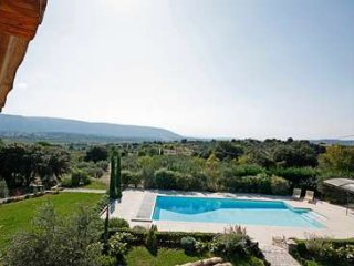 6 Bedroom Villa With stunning views Overlooking Luberon Valley, Gordes