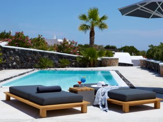 Amor Hideaway three bedrooms villa with pool