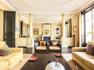 Amazing Location at Top of The Range 3 Bedroom Apartment in Paris