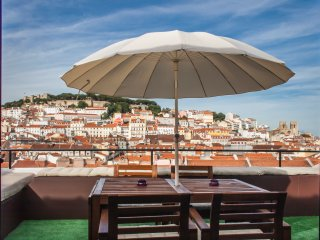 HolidayLovers  Chiado Deluxe Roof Top Duplex