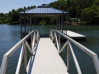 Lake Front Home. Nice covered Dock