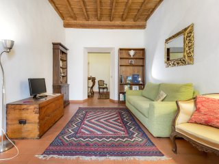 Charming in Sant'Ambrogio, AC,Wi-Fi, sleeps to 4