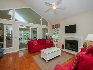 # 5 Beachside Homes-50 yards to the beach. Quick Walk to the Marina, Hilton Head