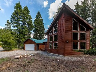 3rd Night FREE Sept |Fantastic Cabin w/ Awesome Outdoor Covered Patio, Slps10, Cle Elum