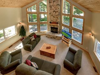 Awesome Cabin Nr Suncadia, Wood Fireplace w/ a Covered Patio* 3rd Night FREE