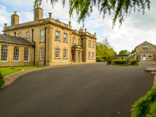 Witton Hall Self Catering Cottage, Suite 4