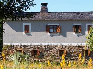 Habitación Doble 'Naciente' en Casa El Carzal, Galende