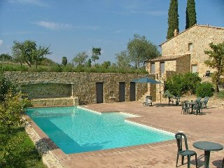 4 bedroom Apartment in Montalcino, Tuscany, Italy : ref 5239524