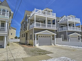 Inviting 4BR Sea Isle City House w/Wifi, Private Balcony & Serene Ocean Views - Instant Access to Beaches & Boating!