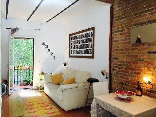 Beautiful romantic attic Poble Sec near Montjuic, Barcelona