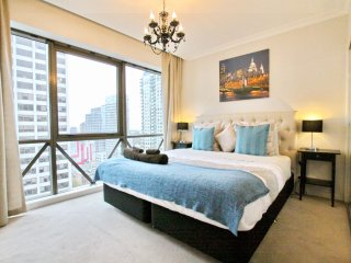 Nest-Apartments Huge Luxe CityView  2BD / 1BR, Melbourne