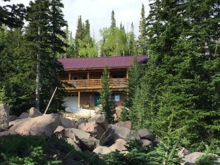 Log Cabin Retreat Near Biking, Hiking & Nat. Parks, Brian Head