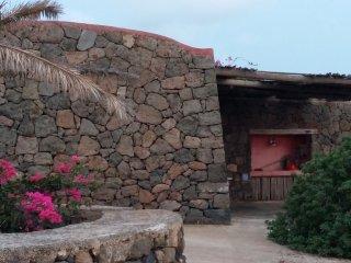 Dammusino Tramonto, Pantelleria