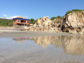 Playa Mojon Beachview