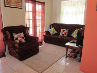 Buttercup Cottage Apartment Anthurium 1Bedroom