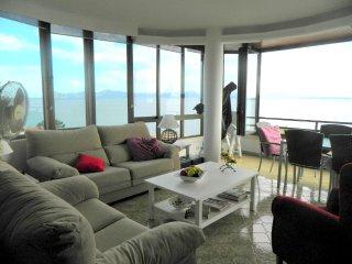 Amazing apartment in Puerto Alcudia, Port d'Alcudia
