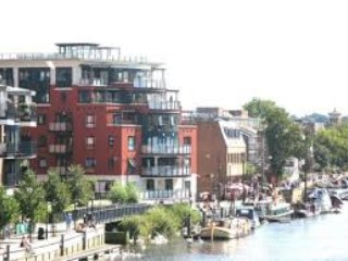 LUXURY, RIVER VIEWS, CONCIERGE, GYM, PARKING, Kingston upon Thames