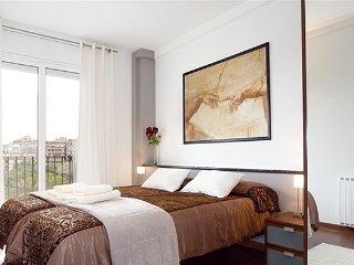 4 BDR apartamento hasta 8! ¡Centro de la ciudad!, Barcelona