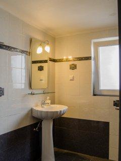 Villa 11 Bathroom