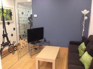 Apartamento junto Guggenheim wifi Garaje opcional, Bilbao