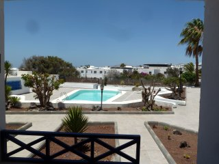 2 bedroomed refurbished apartment, free wifi, Puerto Del Carmen